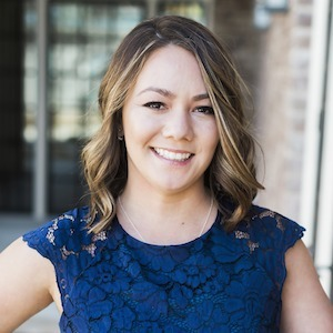 Krystal Pung,                     Agent in San Francisco - Compass