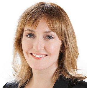 Danielle Lazier,                   Agent in San Francisco - Compass