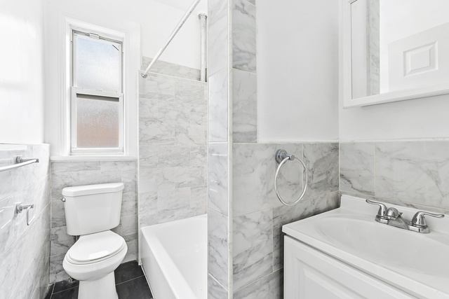701 St Marks Avenue, Unit 2C Brooklyn, NY 11216