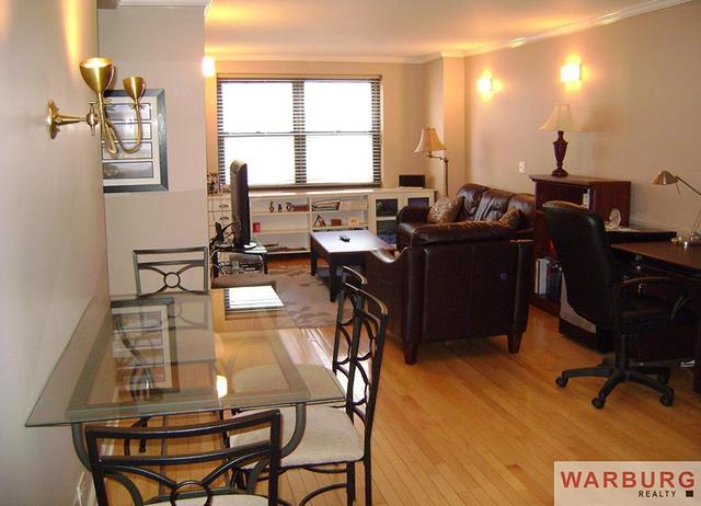 200 East 24th Street, Unit 808 Image #1