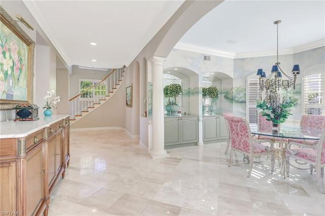 351 Neapolitan Way Naples, FL 34103