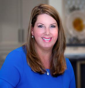 Beth Douglas,                       Agent in Dallas-Fort Worth - Compass