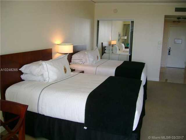 18001 Collins Avenue, Unit 918 Image #1