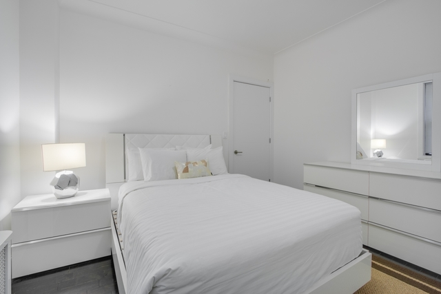 15 West 55th Street, Unit 7A Image #1
