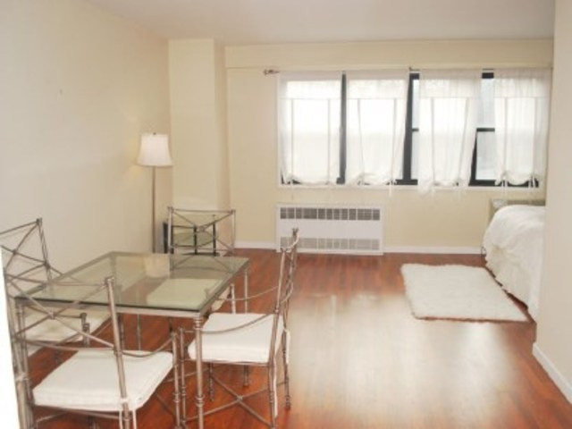 31 Jane Street, Unit 5D Image #1