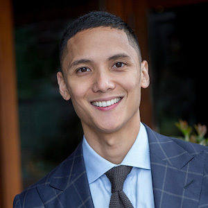 Scott Bautista,                     Agent in Seattle - Compass