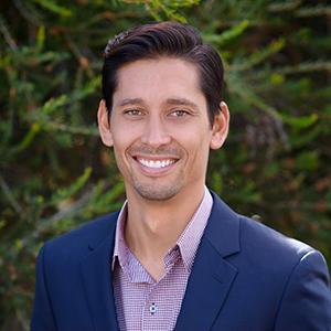Paulo Prietto,                     Agent in Los Angeles - Compass