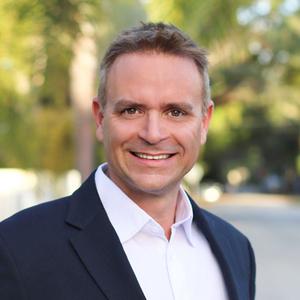 Robert Peters,                       Agent in Miami - Compass