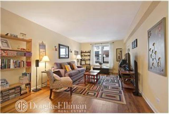 330 East 70th Street, Unit 6M Image #1