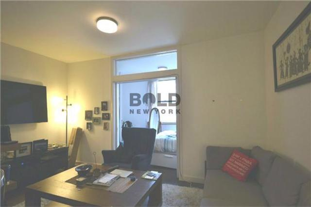 320 East 22nd Street, Unit 6G Image #1