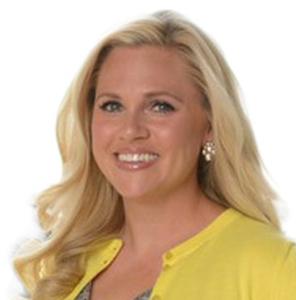 Melissa Hoque,                       Agent in Dallas-Fort Worth - Compass