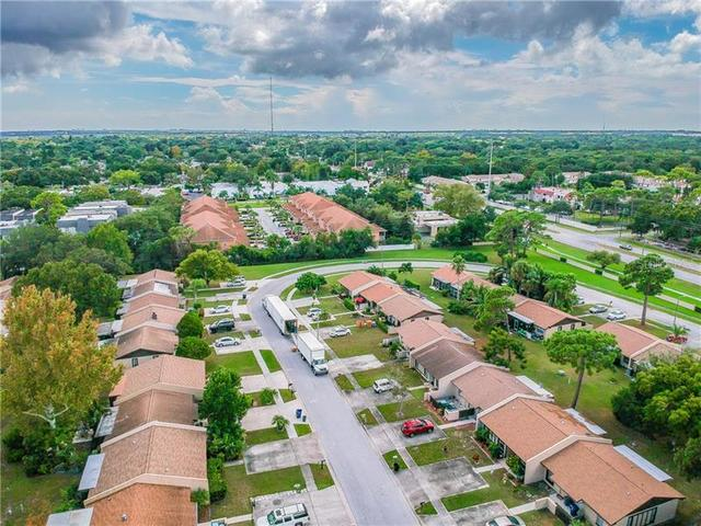 9957 88th Street Largo, FL 33777