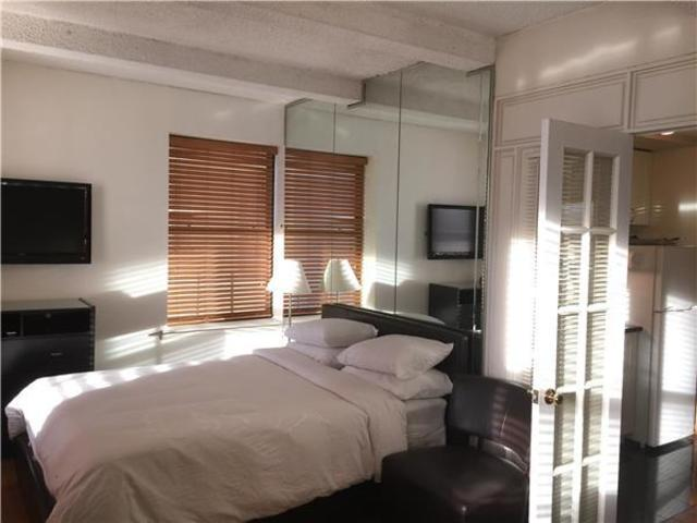150 West 51st Street, Unit 808 Image #1