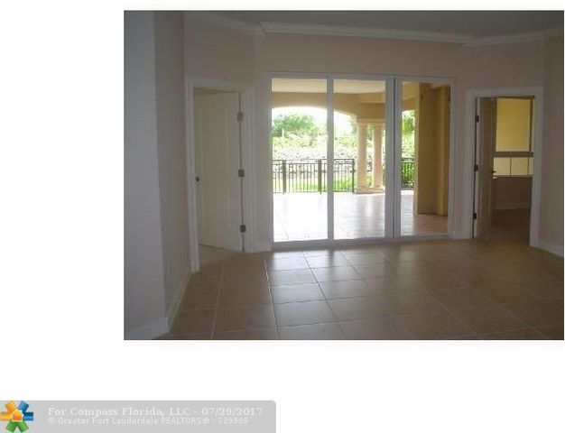 16100 Emerald Estates Drive, Unit 189 Image #1