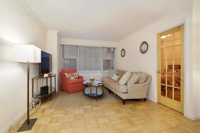 440 East 62nd Street, Unit 6H Image #1
