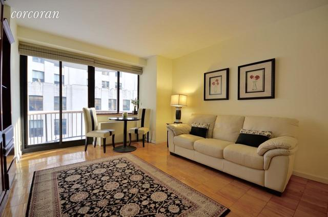 45 East 25th Street, Unit 14D Image #1