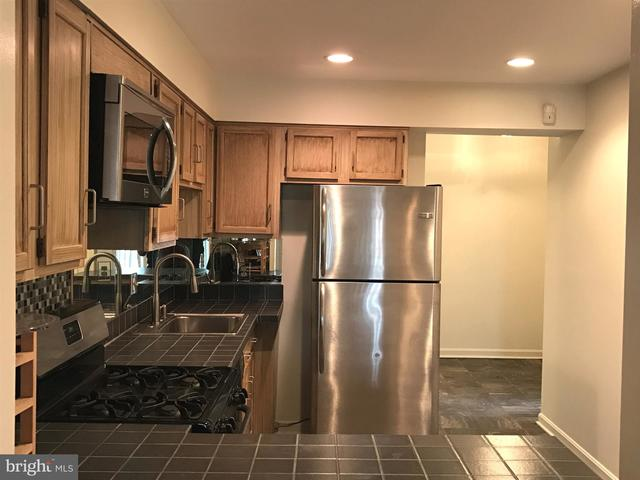 1336 1/2 L Street Southeast, Unit 1336 Washington, DC 20003