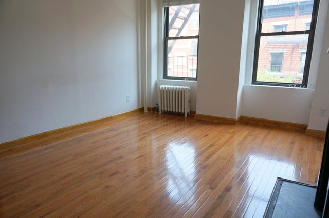 258 West 15th Street, Unit 3FE Image #1