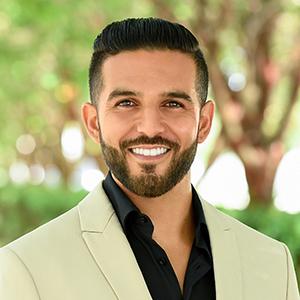 Headshot of Diego Pereira