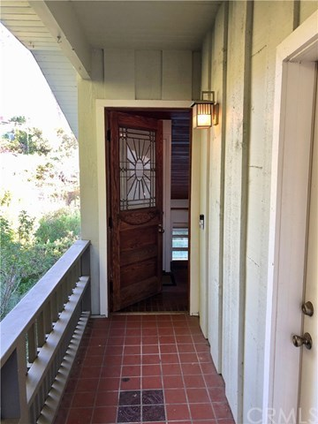 31726 4th Avenue Laguna Beach, CA 92651