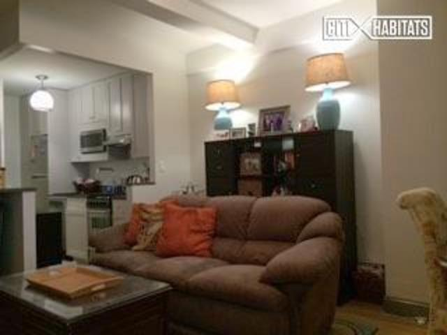307 East 44th Street, Unit 422 Image #1