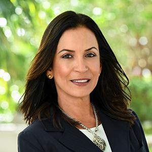 Luz Marina Quinones, Agent in Miami - Compass