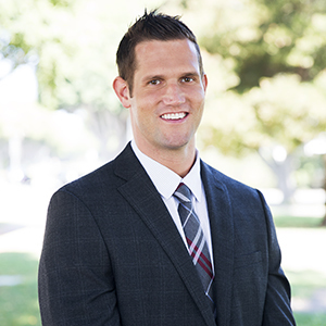 Andrew Smith,                   Agent in Los Angeles - Compass