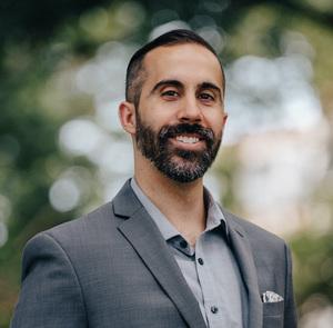Navid Aberg, Agent in Greater Philadelphia - Compass