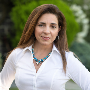 AnnMarie Pezzola,                     Agent in Westchester, NY - Compass