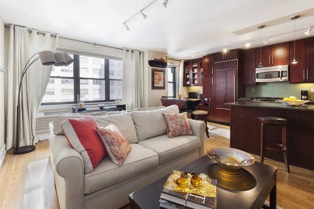 301 East 63rd Street, Unit 12H Image #1