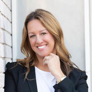 Laura Brau, Agent in Los Angeles & Orange County - Compass