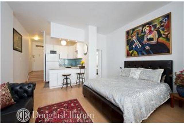 35 East 10th Street, Unit 3E Image #1