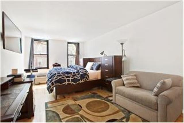 315 West 55th Street, Unit 3F Image #1
