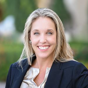 Lisa Echea,                       Agent in Miami - Compass