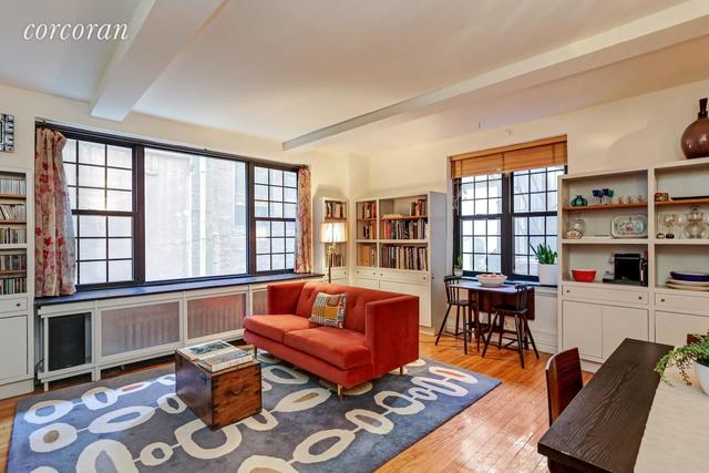 102 East 22nd Street, Unit 2G Image #1