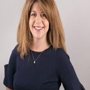 Marni Cunha,                     Agent in San Francisco - Compass