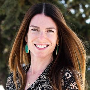 Laura Morningstar,                       Agent in Denver - Compass