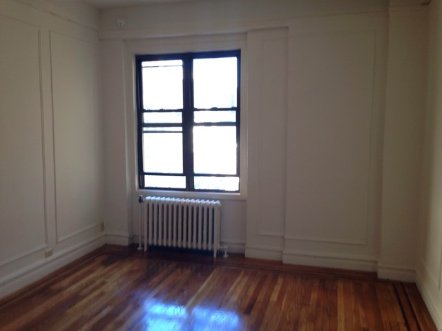 208 West 23rd Street, Unit 1617 Image #1