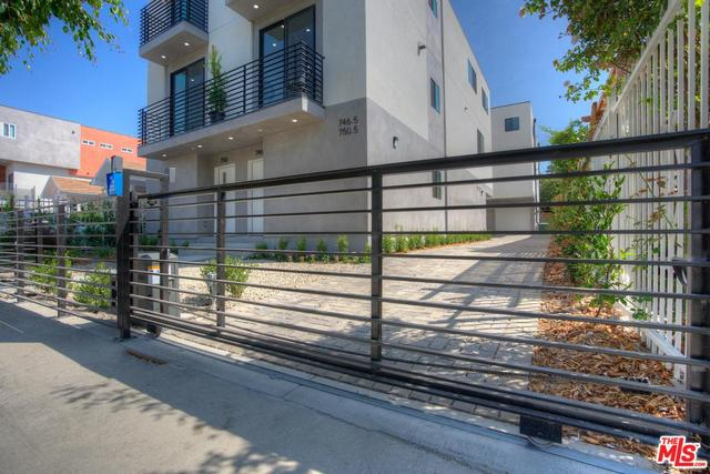 746 North Ridgewood Place Los Angeles, CA 90038