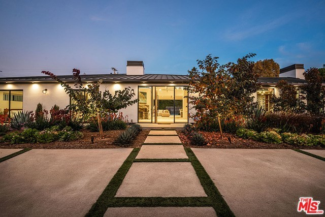 4540 Beck Avenue Studio City, CA 91602