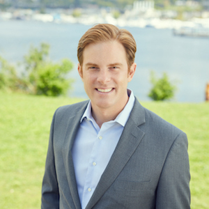 Brett Faulds,                     Agent in Seattle - Compass