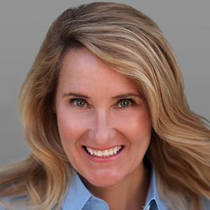 Laura Lanzone,                     Agent in San Francisco - Compass