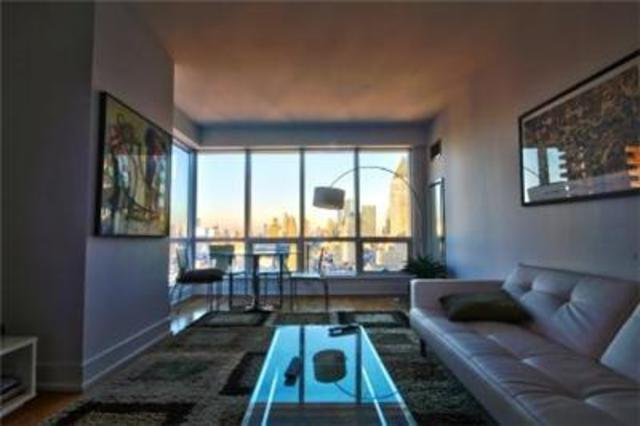 350 West 42nd Street, Unit 28C Image #1