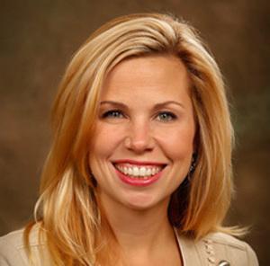 Marisa Rohrer,                       Agent in Chicago - Compass