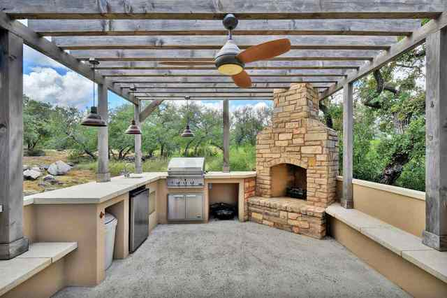 2060 County Road 402 Marble Falls, TX 78654