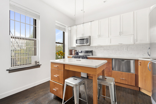 491 Park Place, Unit 3F Brooklyn, NY 11238
