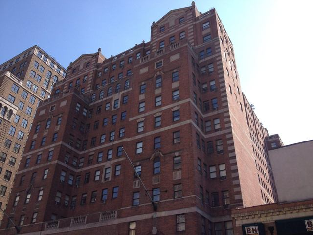 360 West 34th Street, Unit 8X Image #1
