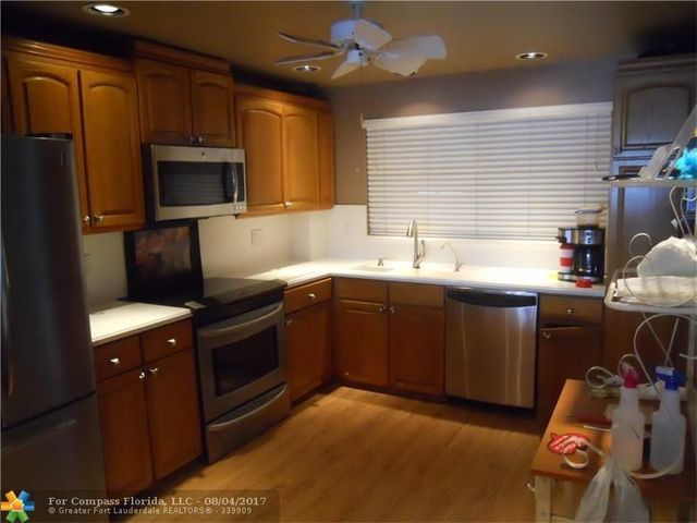 5100 Bayview Drive, Unit 203 Image #1