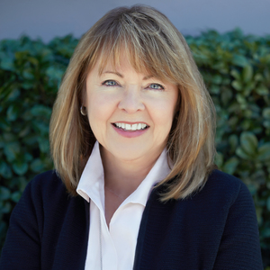 Pam Austin, Agent in  - Compass