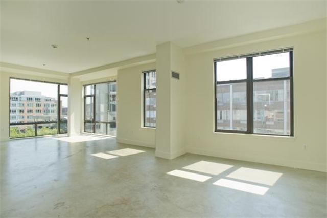 735 Harrison Avenue, Unit W406 Image #1